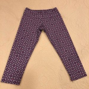 Onzie Medallion Capri Leggings small/medium